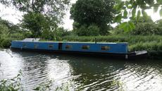 Narrow Boat, 70'., recent hull service with new anodes.