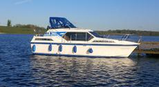 Aquafibre 36 with custom interior   REDUCED TO SELL