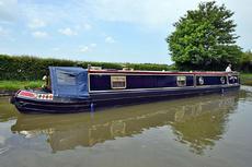 Stunning 57' 2010 Reeves / Sandhills Trad stern narrowboat
