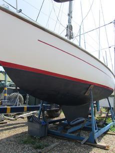 Offshore 8m Sailing Cruiser