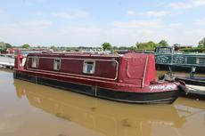 Violet May, 35ft Cruiser stern narrowboat, 2004, £29,950.