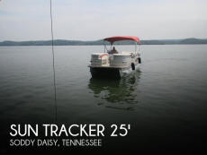 2007 Sun Tracker Party Barge 25 Regency Edition