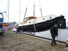 classic form, round bilge Dutch tug