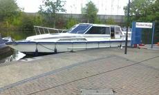 40 ft Cabin Cruiser