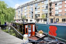Stunning narrow boat on secure mooring, Wenlock Basin, Islington, N1