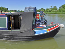 TAPESTRY 60ft 5in trad with BMC narrowboat for sale with 6 berths