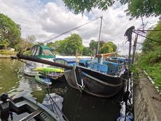 Dutch Barge on London mooring
