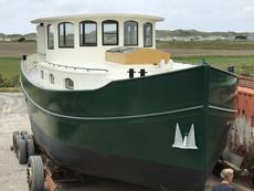 Barge Houseboat Luxemotor