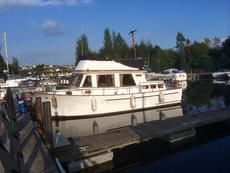 Cheoy Lee 34 Trawler Yacht