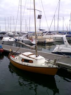 Bradwell 18 lifting keel trailer sailer - ANT III