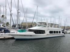 1998 Bluewater Yachts 68
