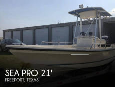 1999 Sea Pro V2100 CC Bay Series