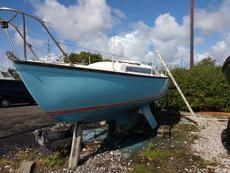 Achilles 24 Triple Keel - Project Boat