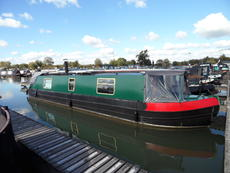 40' Cruiser Stern with option of mooring at Saul Junction Marina Glos.