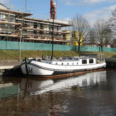 Barges for sale Holland, used dutch barges, luxe motors