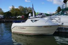 2004 Quicksilver 460 Cruiser