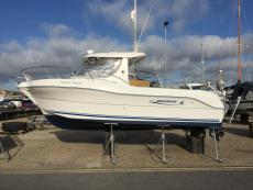 2005 Quicksilver 640 Pilothouse