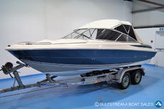 Maxum 1900 SR with Mercruiser 4.3L 190HP
