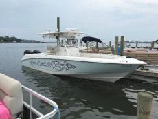 2006 Boston Whaler Outrage 320