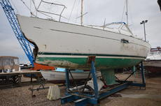 86 Beneteau 36CC (Water damaged project)