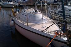 22ft Marcon Striker twin keel sailboat