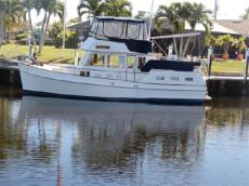 1996 GRAND BANKS Motor Yacht