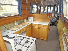 JAYNAR 48ft 4in trad narrowboat with 4 berths