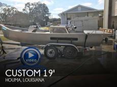 2006 Custom 19 Bay / Mud Boat
