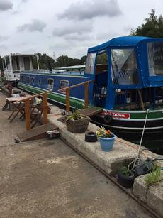 Carpe Diem widebeam narrowboat