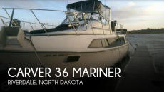 1988 Carver 36 Mariner