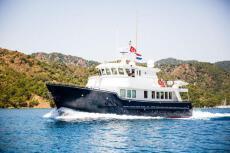 2001 Cape Horn Trawler