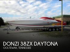 2004 Donzi 38ZX Daytona