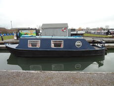 30' Cruiser Stern narrowboat with option of mooring at Saul Junction