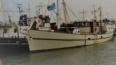 Beautiful  historic sailing ship, ready for your adventure!