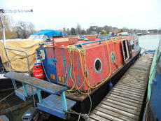 30, Trad narrowboat offered as a Project boat at Saul Junction Marina