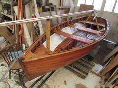 Clinker sailing dinghy and trailor