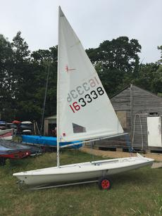 Laser sailing dinghy - 163338