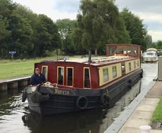 WIDE-BEAM CANAL BOAT 57x10.6ft