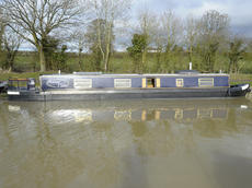 SUMMER WINE 57ft 2in cruiser narrowboat for sale with 4 berths