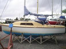 Seal 22 MK111 sailing cruiser