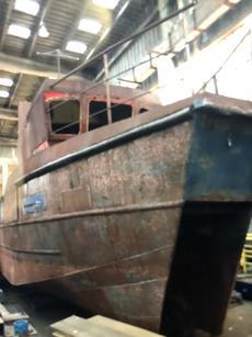 10m x 4m catamaran