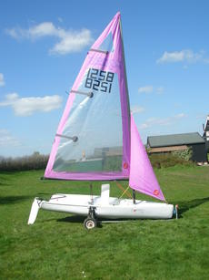 Topper Topaz with two mainsails, yard and road trailers
