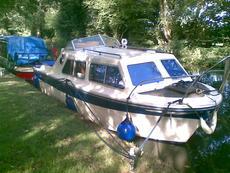 Viking 21 River Cruiser