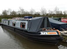 57ft Traditional Stern - Narrowboat Somewhere in Summertime