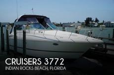 2003 Cruisers Yachts 3772 Express