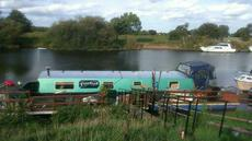 Pontoon for Sale with Mooring