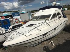 Sealine F33 for sale