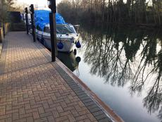 26ft River Thames mooring for rent