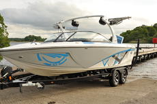 "Wakeboard Boat - Tige Z1 Wake & Surf ""PRICE DROP"""