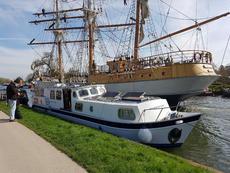 50 foot luxury steel river canal boat